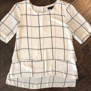 Sanctuary top with windowpane pattern